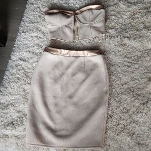 Dresses & Skirts - Guess skirt set